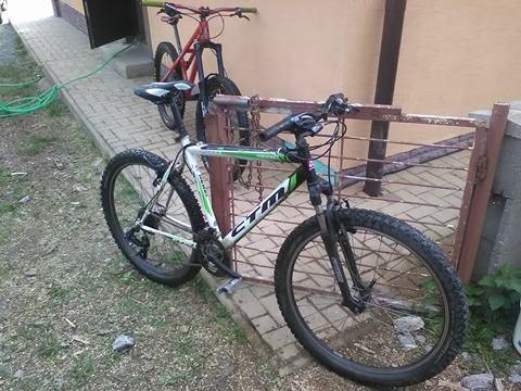 2cc5d7320ee22 Predam tento horsky bicykel ctm v top stave. Menene gripy, prehadzovačka  3x7,brzdy,sedlo... Guma vpredu michelin 26x2.20 v 95% stave a guma vzadu  BlackShark ...